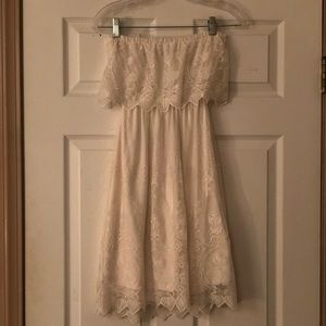 Express - Off White Lace Strapless Dress